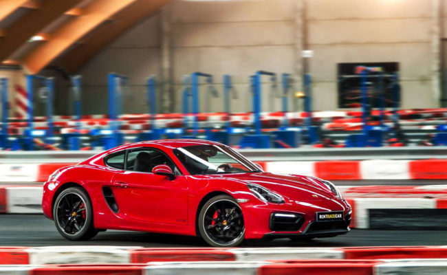 red-porsche-cayman-gts-2